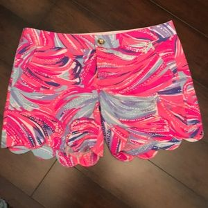 Lilly Pulitzer Buttercup Shorts Oh My Guava 4 EUC
